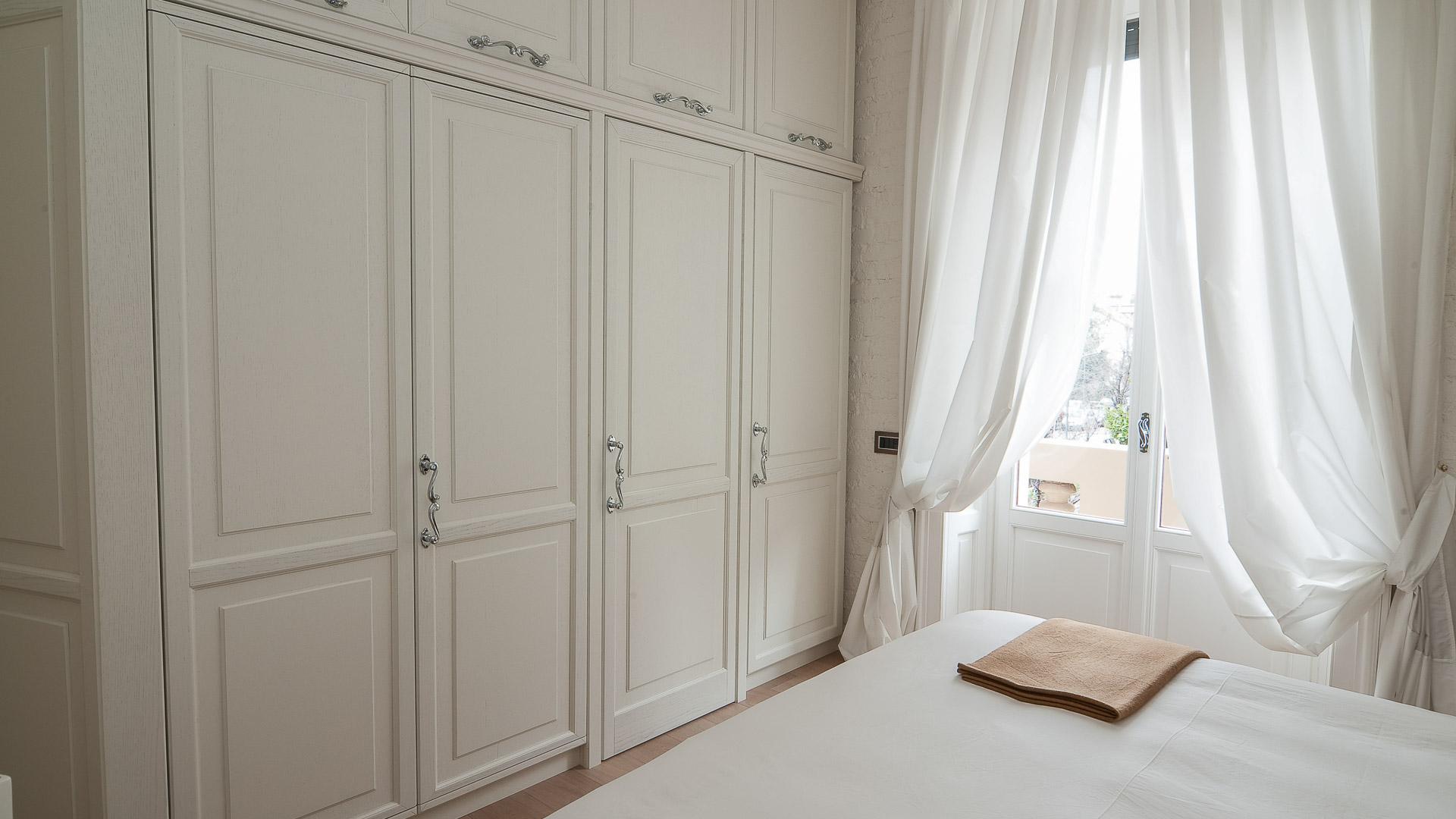 021-camera-da-letto-delta-arredamenti-su-misura-monza-brianza-milano ...